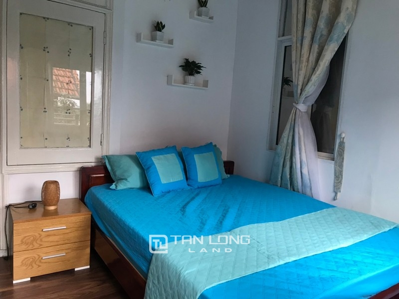Bright apartment for rent in Au Co street, Tay ho district 10