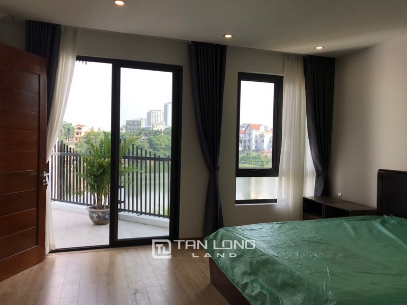 Bright apartment for rent in Au Co street, Tay ho district 14