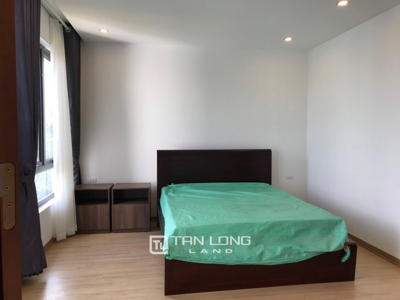 Bright apartment for rent in Au Co street, Tay ho district 15