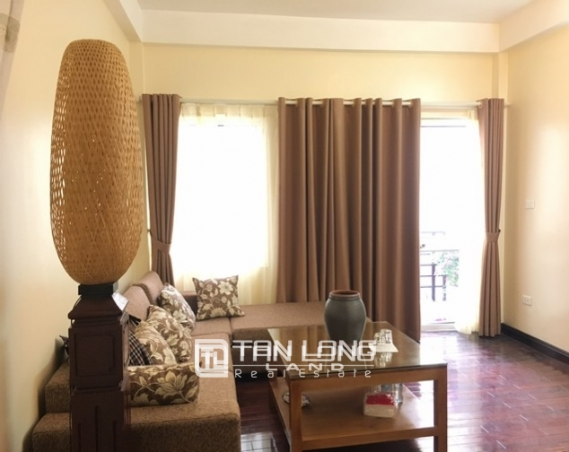 Bright house in Dang Thai Mai street,Tay Ho dist for lease 1