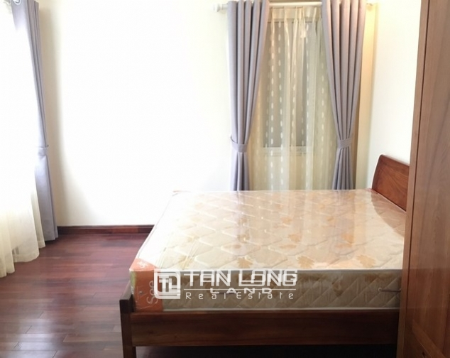 Bright house in Dang Thai Mai street,Tay Ho dist for lease 6