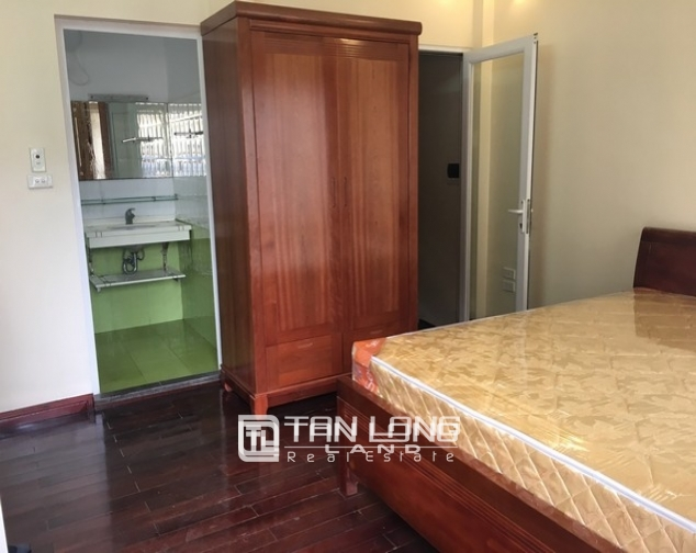 Bright house in Dang Thai Mai street,Tay Ho dist for lease 7