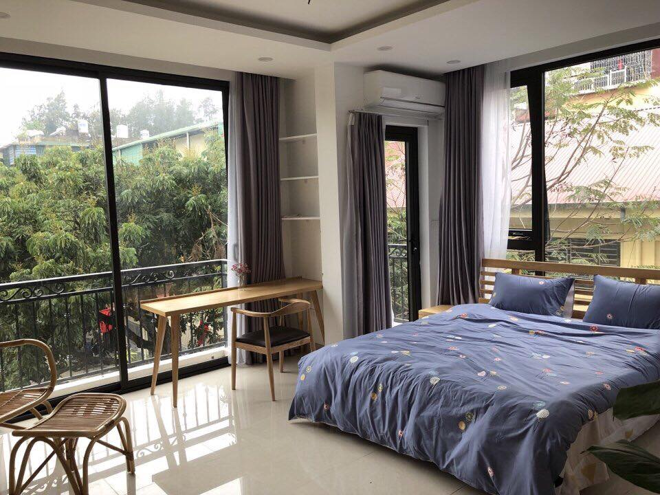 Bright Studio for rent on Hoang Quoc Viet