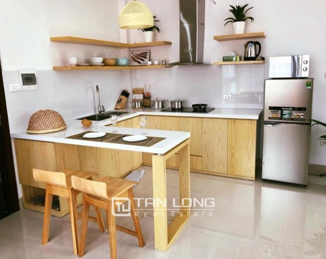 Bright Studio for rent on Hoang Quoc Viet 2