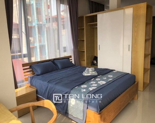 Bright Studio for rent on Hoang Quoc Viet 4
