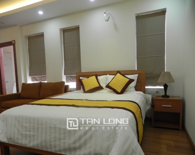 Bright studio serviced apartment in Pham Ngoc Thach, Dong Da for lease 5