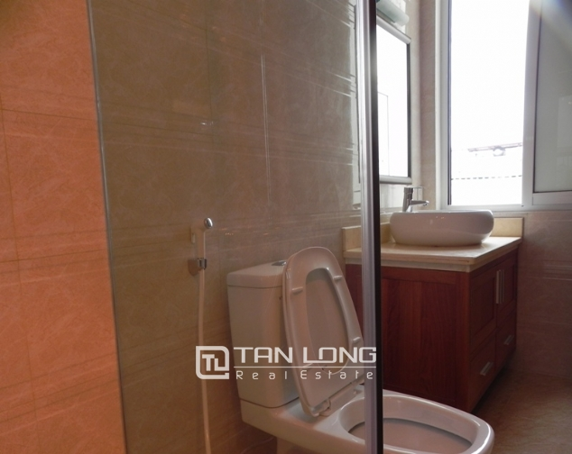 Bright studio serviced apartment in Pham Ngoc Thach, Dong Da for lease 10