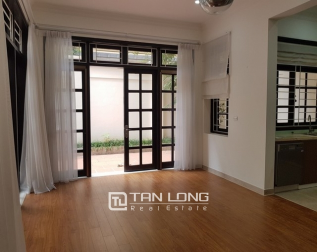 Bright villa for rent in D1 Ciputra Tay Ho district for lease 5