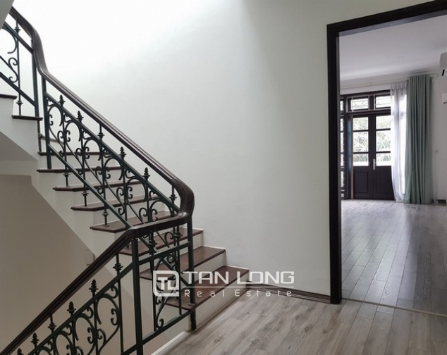 Bright villa for rent in D1 Ciputra Tay Ho district for lease 7