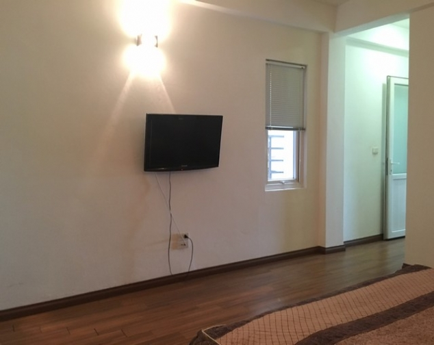 Brilliant 1 bedroom apartment in Tu Hoa, Tay Ho district for lease, modern furniture 8