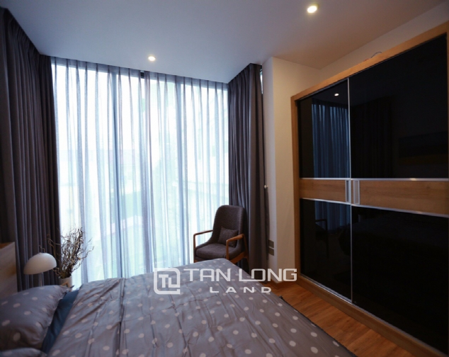 Brilliant 2 bedroom apartment for rent on Pham Huy Thong street, Ba Dinh 7