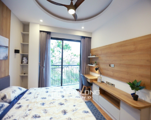 Brilliant 2 bedroom apartment for rent on Pham Huy Thong street, Ba Dinh 8