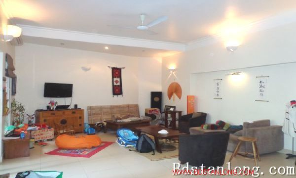 Charming house with swimming pool rental in Tay Ho Hanoi 6