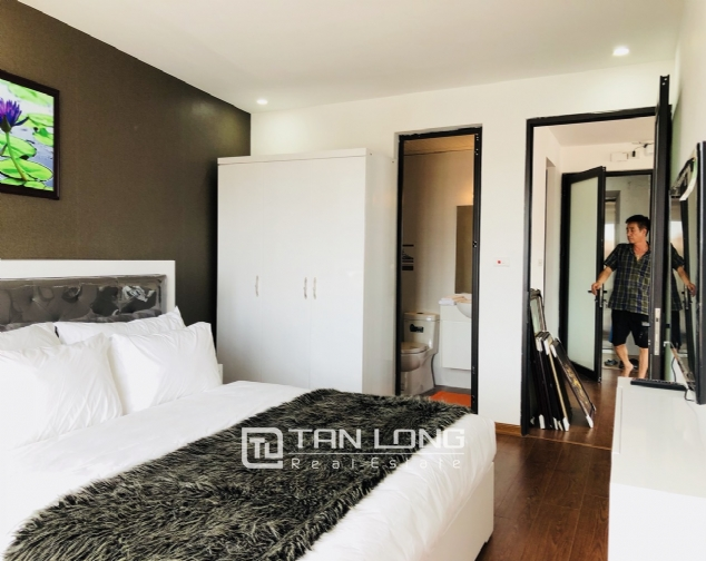 Charming serviced apartment for rent in Xuan Dieu street! 10