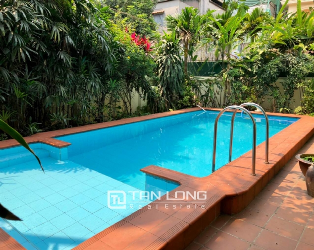 Charming villa for rent on To Ngoc Van street, Tay Ho district! 3