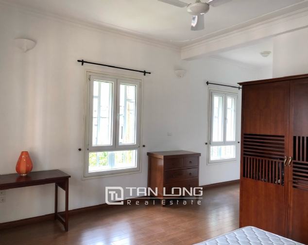 Charming villa for rent on To Ngoc Van street, Tay Ho district! 10