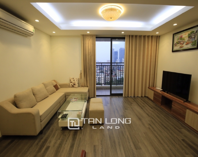 Cheap 2 bedroom apartment for rent in Hong Kong Tower 2