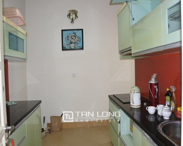 Cheap and full furnished 3 bedroom for lease in G3, Ciputra 2