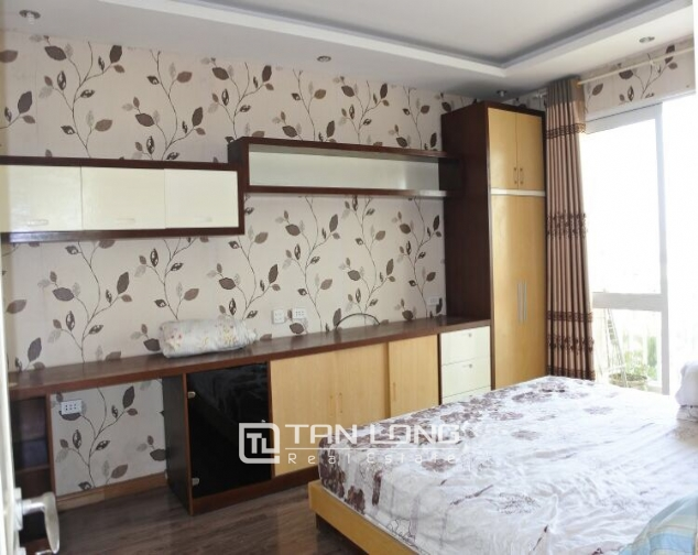 Cheap and full furnished 3 bedroom for lease in G3, Ciputra 3
