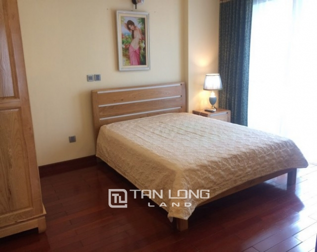 Cheap and  Fully equipped 3 bedroom apartment for rent in L1 tower Ciputra urban area Tay Ho dist 6