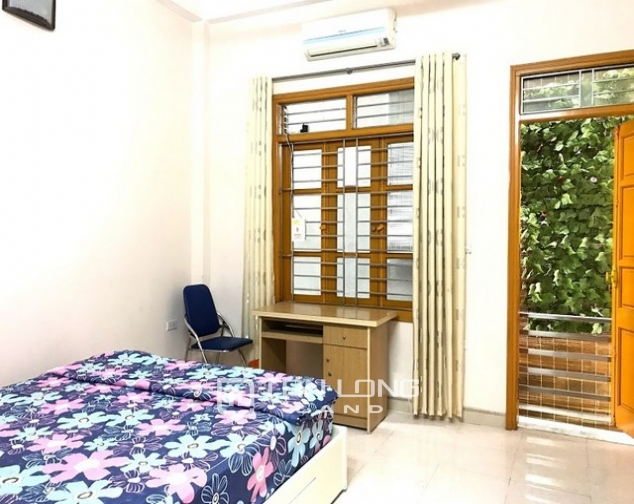 Cheap  and furnished 4 bedroom house for rent on Dang Thai Mai street, Tay Ho district 4