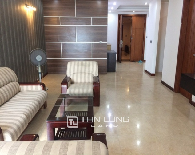 Cheap and nice 3 bedroom apartment for rent in L2 tower The Link Ciputra urban area 1