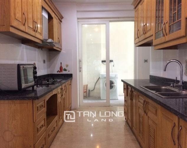 Cheap and nice 3 bedroom apartment for rent in L2 tower The Link Ciputra urban area 3