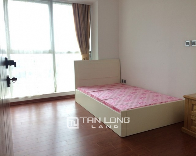 Cheap and nice 3 bedroom apartment for rent in L2 tower The Link Ciputra urban area 6