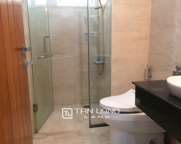 Cheap and nice 3 bedroom apartment for rent in L2 tower The Link Ciputra urban area 8