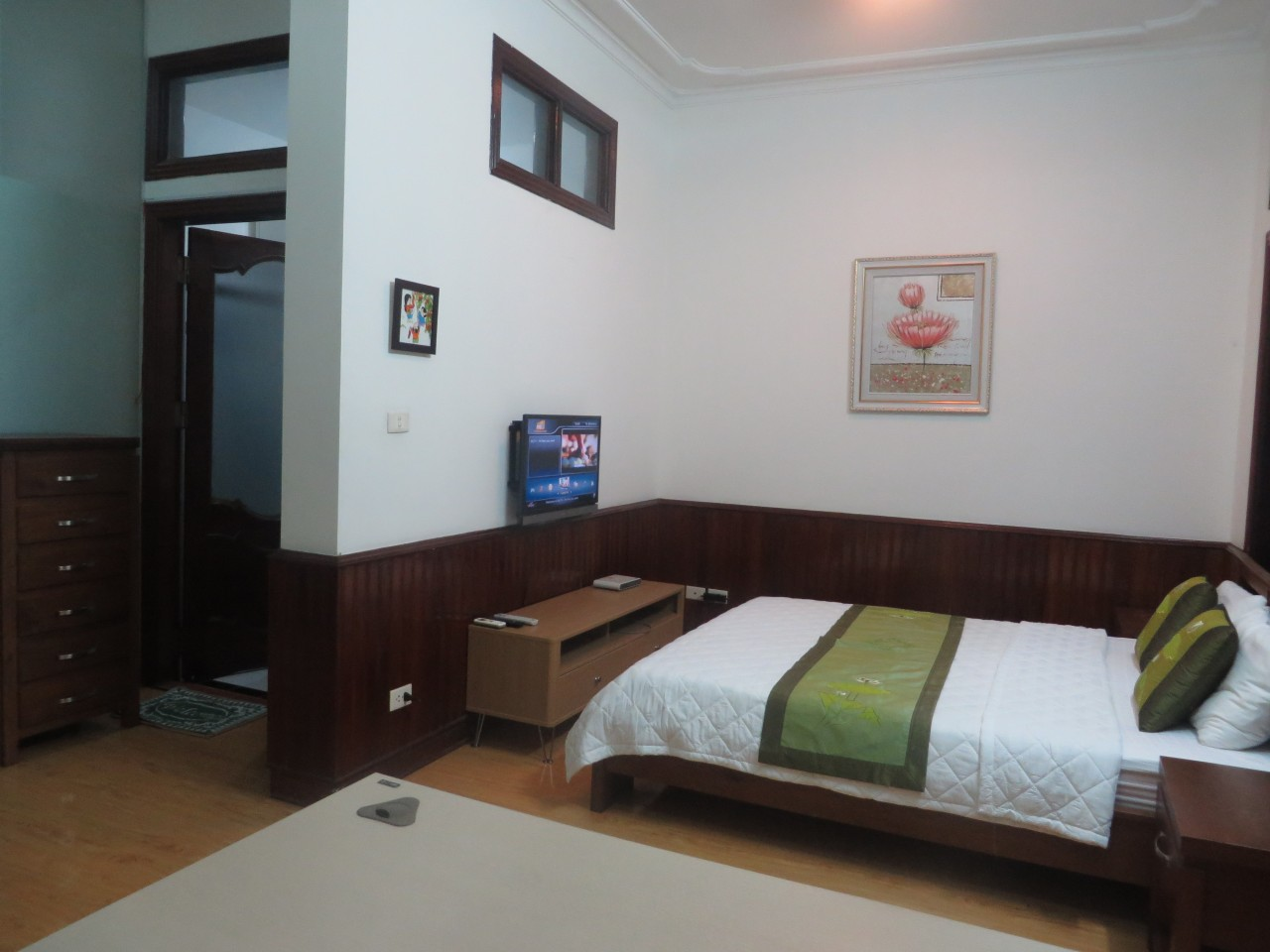 A cheap studio for rent on van ho hai ba trung for Nice cheap 1 bedroom apartments
