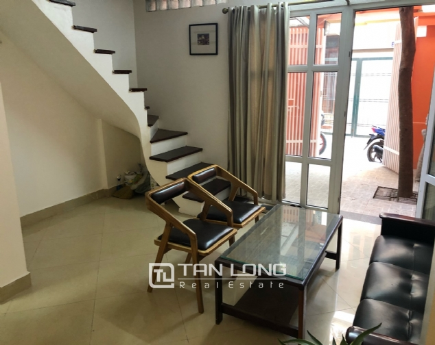 Cheap house for rent in Au Co street, Tay Ho district! 9