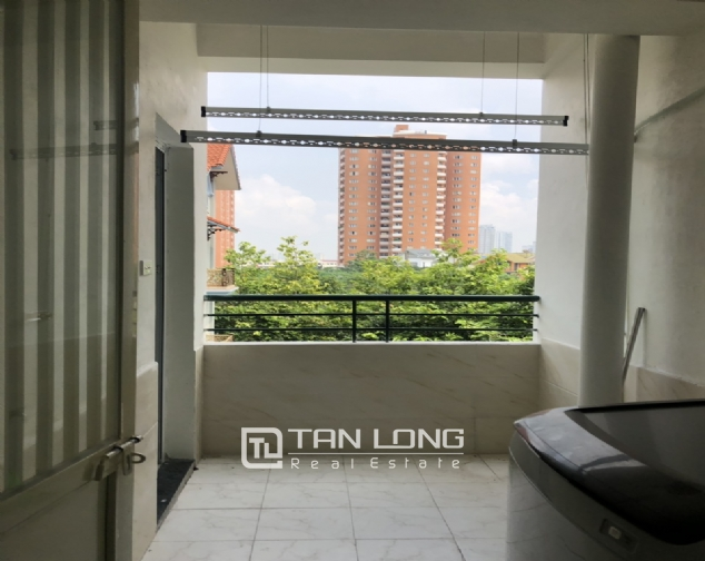 Cheap price apartment for rent in Hoang Quoc Viet street, Cau Giay district! 7