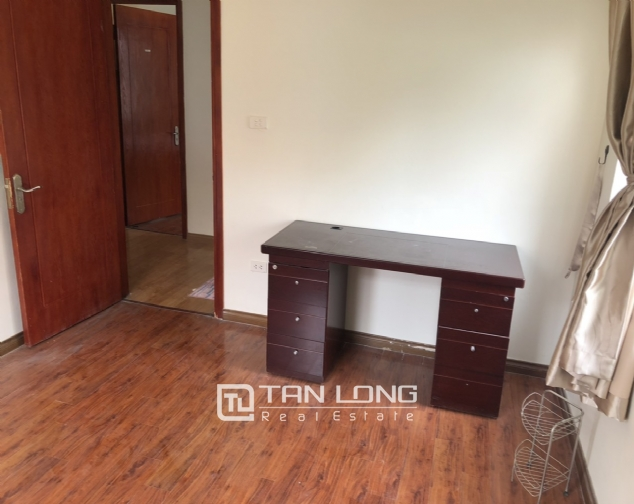 Cheap price apartment for rent in Hoang Quoc Viet street, Cau Giay district! 6