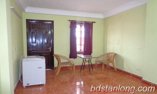 Cheap three bedroom house in Au Co street 7
