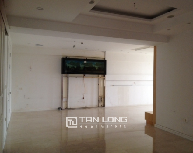 Ciputra Tay Ho: 4 bedroom apartment for sale in P1, no furniture 3