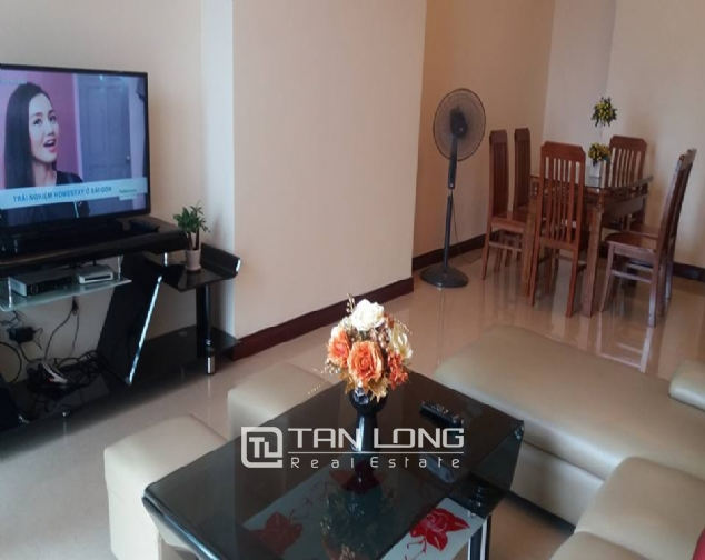 City view 2 bedroom apartment in R4 Vinhomes Royal City for rent 2