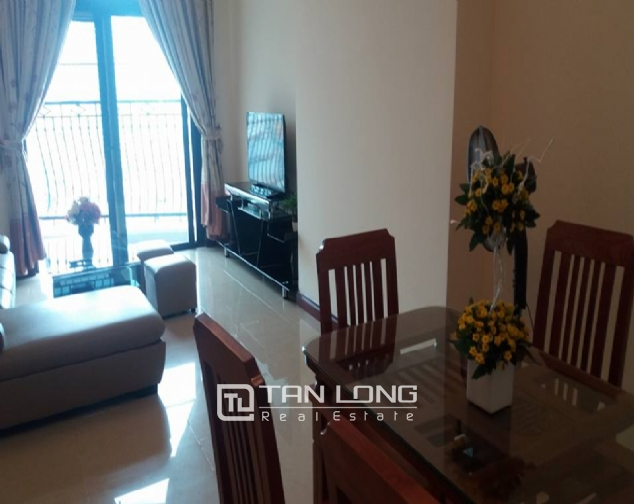City view 2 bedroom apartment in R4 Vinhomes Royal City for rent 4