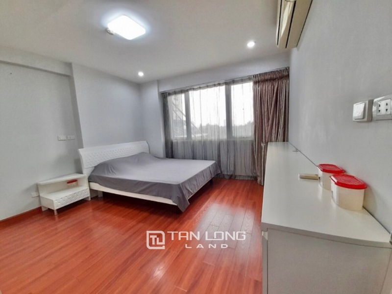 Clean 3 bedroom apartment 145sqm for rent in P2 building Ciputra urban area 1