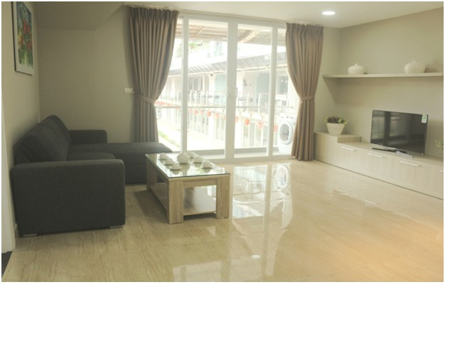 Compelling Golden Westlake serviced-apartment in Tay Ho district for lease
