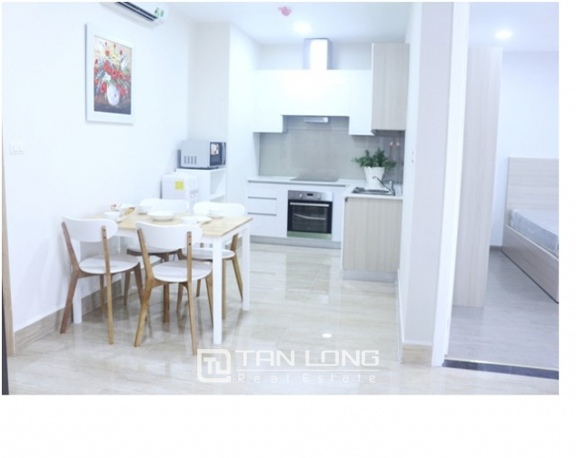 Compelling Golden Westlake serviced-apartment in Tay Ho district for lease 4