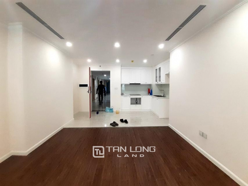 CORNER 3BRs apartment on the 29th floor for rent in Sunshine Riverside, Ciputra, Tay Ho 2