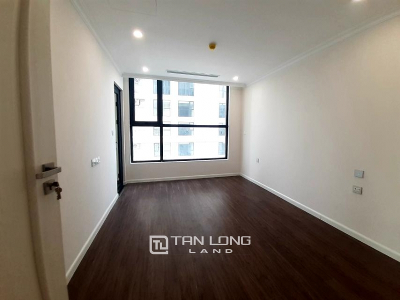 CORNER 3BRs apartment on the 29th floor for rent in Sunshine Riverside, Ciputra, Tay Ho 3