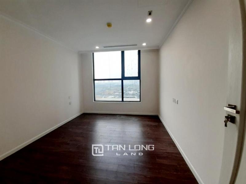 CORNER 3BRs apartment on the 29th floor for rent in Sunshine Riverside, Ciputra, Tay Ho 6