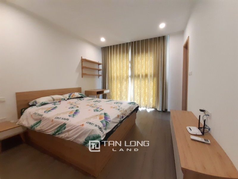 CORNER & SPACIOUS 3 bedroom apartment for rent in FLC Twin Tower, 265 Cau Giay street 5
