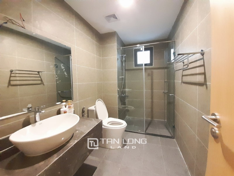 CORNER & SPACIOUS 3 bedroom apartment for rent in FLC Twin Tower, 265 Cau Giay street 15