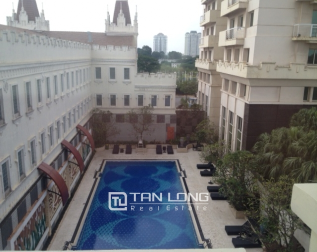 Cozy 3 bedroom apartment in E5 Ciputra Hanoi for sale 4