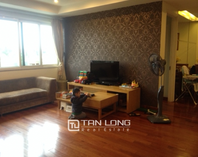 Cozy 3 bedroom apartment in E5 Ciputra Hanoi for sale 2