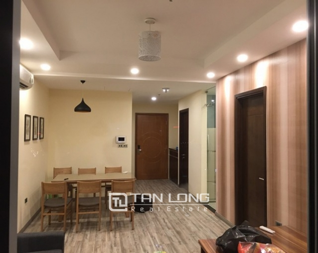 Deserable condominium in Vinhomes Nguyen Chi Thanh for lease 3