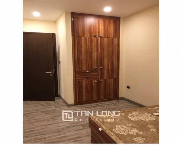 Deserable condominium in Vinhomes Nguyen Chi Thanh for lease 6