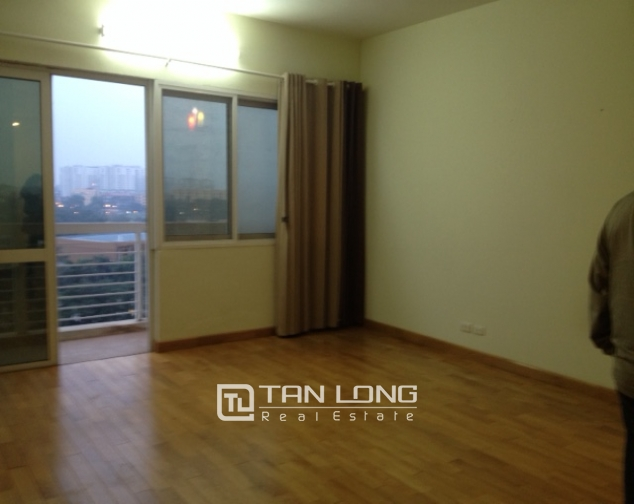 E1 Ciputra 4 bedroom apartment for sale, nice view 6